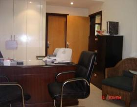 Fully furnished office in top locati - emapia.com