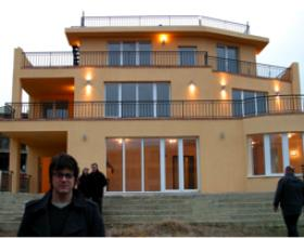 House by the Black Sea - emapia.com
